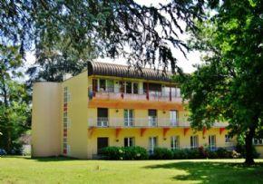 Ehpad maison de retraite l 39 ermitage moulins for Piscine 03000 moulins