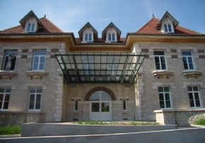 Ehpad residence du val de l 39 eure chartres - Centre claude bernard guilherand granges ...