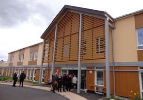 Ehpad residence du bois de la roche cloyes sur le loir for Garage cassonnet cloyes sur le loir
