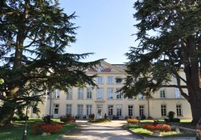 Photo Chateau Du Plessis Picard, maison de retraite privée, Ehpad à Reau 77 - places disponibles
