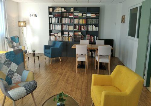 Foyer logement villa de bury angouleme for Buro angouleme